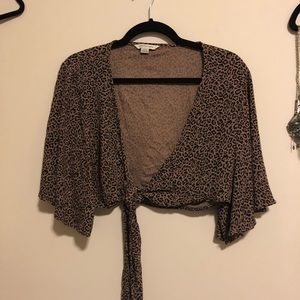 American Eagle Outfitters Tops - Extremely Cropped Cheetah Print Tie Front Top